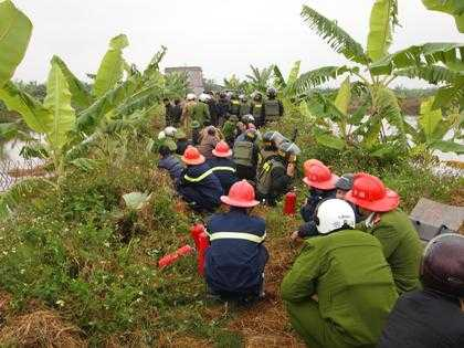 Cảnh sát cưỡng chế đất ở Tiên Lãng - Hải Phòng